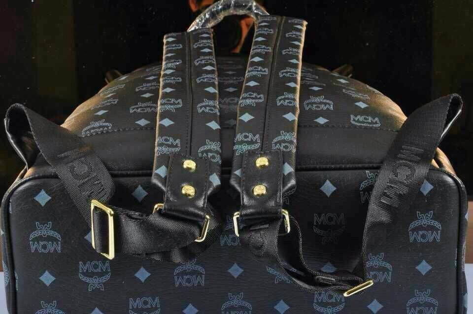 MCM双肩包 第9张